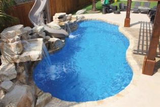 viking-pools-freeform-fiji-2