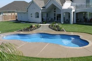 viking-pools-freeform-laguna-2